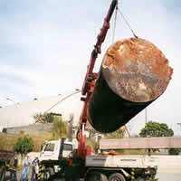 Remoção de tanque avariado