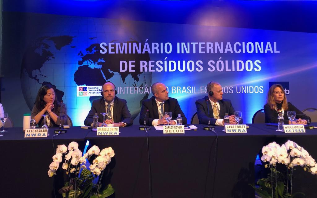 CETESB participa de seminário internacional de resíduos sólidos