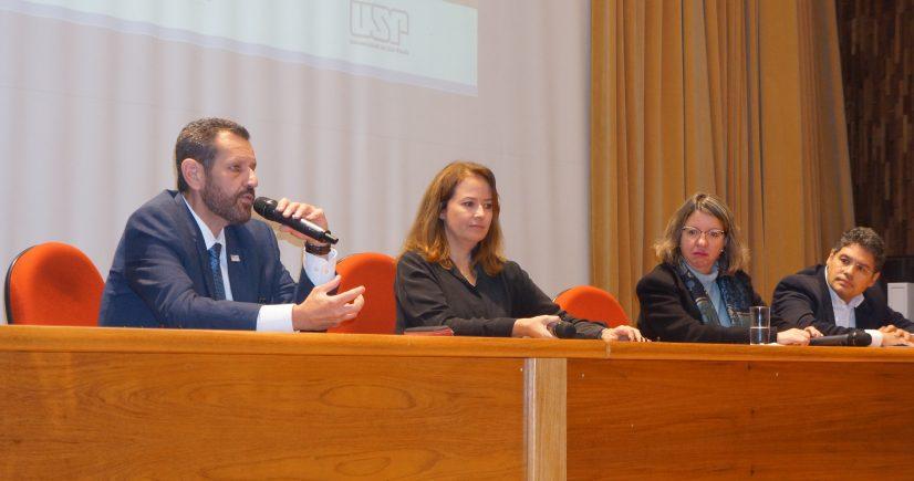 CETESB sedia conferência internacional
