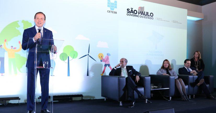 Governo de SP cria acordo para redução de emissão de gases do efeito estufa