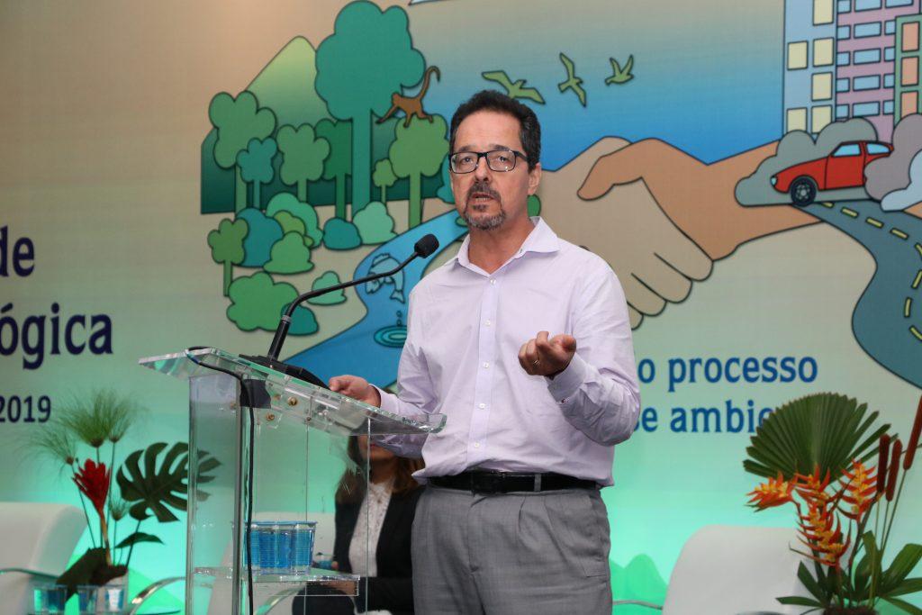 Queiroz também fez uma breve apresentação