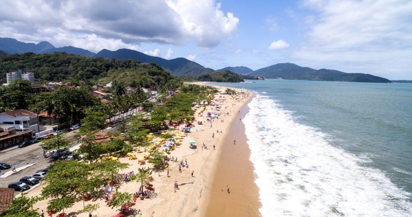 Mais de 90% das praias de SP estão próprias para o banho de mar na virada do ano